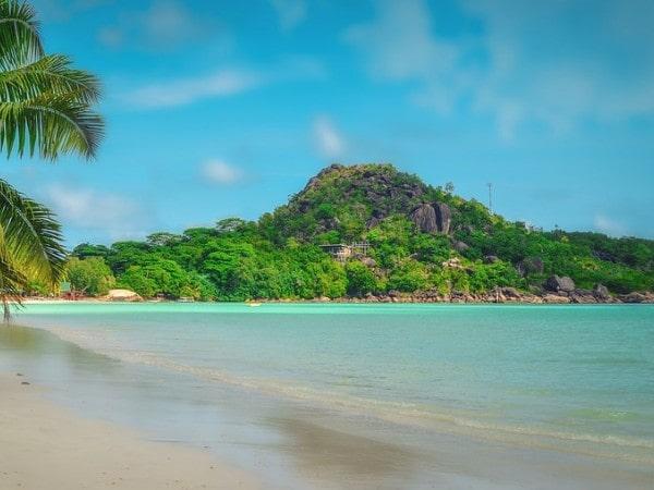 Praslin Serene Seychelles Tour Package
