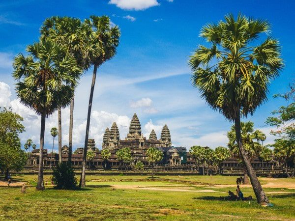 Angkor Thom Cambodia Tour Package